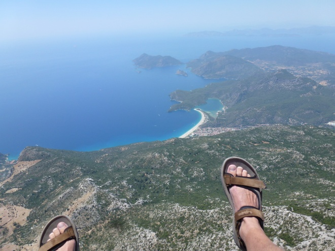 Just after take off. Ulundeniz straight ahead.....and down.