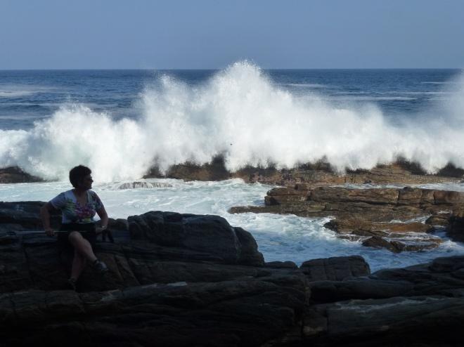 Wild surf!
