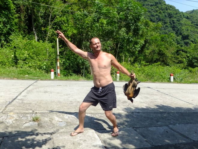 This crazy Frenchman just caught a chicken!